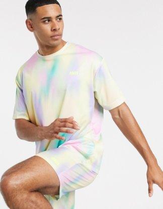 ASOS 4505 - Sportliches Oversize-T-Shirt, bedruckt in Pastell-Mehrfarbig