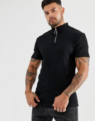 ASOS DESIGN - Enges, geripptes T-Shirt mit Stretch-Anteil, Stehkragen und Reißverschluss, in Schwarz