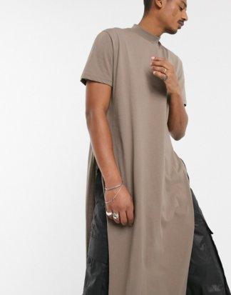 ASOS DESIGN - Extrem langes, legeres T-Shirt mit Stehkragen in Beige