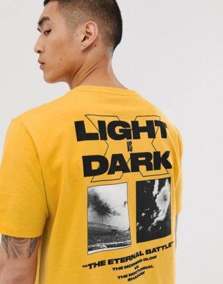 ASOS DESIGN - Lässiges T-Shirt mit großem Print auf der Rückseite-Orange