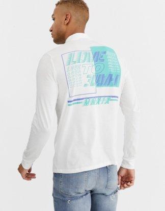 ASOS DESIGN - Langärmliges Shirt aus Bio-Baumwolle mit Print auf Brust und Rücken und Stehkragen mit Reißverschluss-Weiß