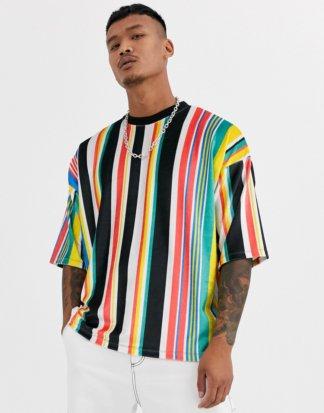 ASOS DESIGN - Oversize-T-Shirt aus Velours mit hellen vertikalen Streifen-Mehrfarbig