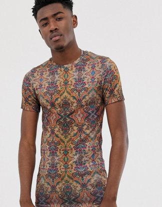 ASOS DESIGN Tall - Muskel-T-Shirt im Leinen-Look mit durchgehendem Tapetenmuster-Braun