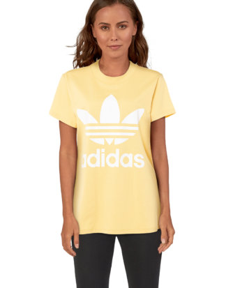 Adidas T-Shirt, Rundhals, gerader Schnitt gelb