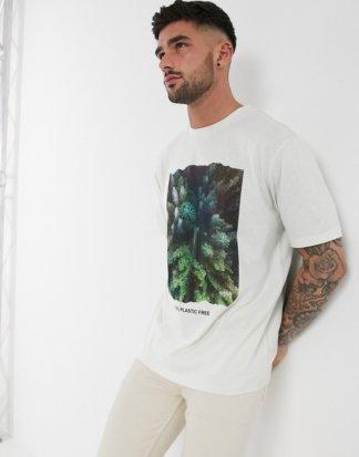 BOSS - Kunststofffreies T-Shirt in Weiß mit Baumdruck