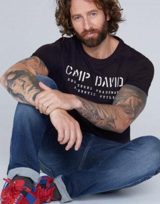 Basic T-Shirt mit Logo-Stickerei Farbe : blue navy , Größe: L