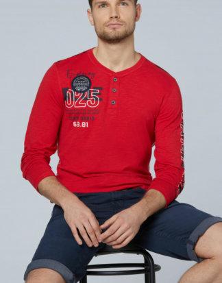 Henley-Shirt mit Label-Applikationen Farbe : royal red , Größe: L