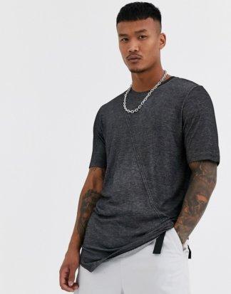 Jack & Jones - Originals - Lang geschnittenes T-Shirt in Schwarz mit unverarbeitetem Saum