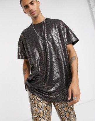 One Above Another - Oversized-T-Shirt mit Schlangendesign in Metallic-Grün