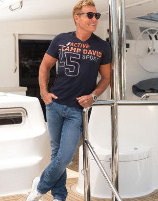 T-Shirt aus Flammgarn mit V-Neck und Print Farbe : thunder blue , Größe: L