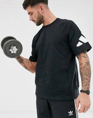 adidas - Training Heavy - Schwarzes T-Shirt